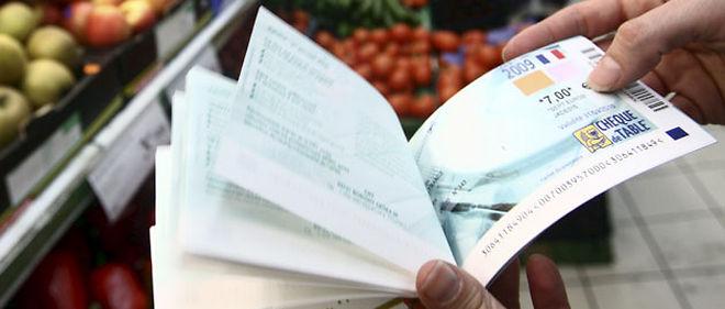 """Selon le quotidien Les Échos, """"le ministère de l'Économie étudie la possibilité d'étendre le forfait social, cette contribution de 4 % à la charge des employeurs, à certains revenus encore exonérés de cotisations"""" © PHOTOPQR/NICE MATIN"""