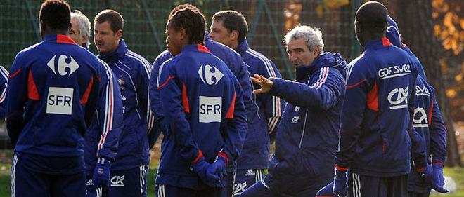 Raymond Domenech livrera le 11 mai sa liste des vingt-trois joueurs sélectionnés pour le Mondial 2010 en Afrique du Sud © Abaca