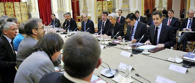 Lors du sommet social du 15 février dernier, Nicolas Sarkozy avait proposé de faire un point au printemps sur les différents dispositifs de soutien à l'emploi mis en place début 2009 pour faire face à la crise économique © AFP PHOTO/PHILIPPE WOJAZER