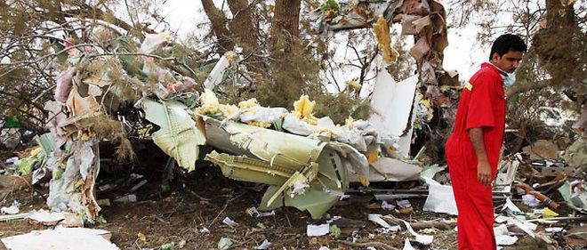 Deux enquêteurs du Bureau d'enquêtes et d'analyses français participent à la commission chargée de déterminer les causes du crash © HAMZA TURKIA/CHINE NOUVELLE/SIPA