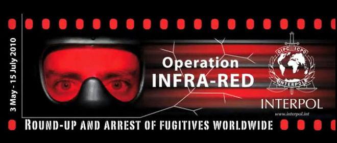 Interpol demande aux internautes de débusquer les criminels, notamment grâce aux réseaux sociaux © INTERPOL