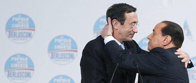 Silvio Berlusconi a pressé Gianfranco Fini (à droite) d'abandonner la présidence de la Chambre des députés © Riccardo Antimiani / EIDON/MAXPPP