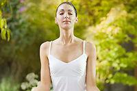 La sophrologie associe l'art de la respiration à celui de la relaxation ©Corbis