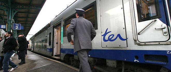 Une fiche de signalement des agresseurs avec mention de l'origine ethnique a été distribuée aux agents SNCF de Marseille afin qu'ils fassent remonter ces informations à la police ferroviaire © Maxppp