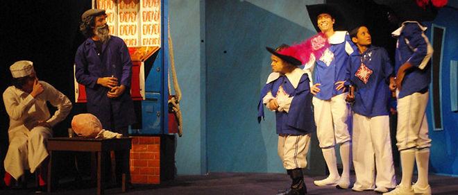 """Dès 6 ans : """"Les trois mousquetaires"""" d'après Alexandre Dumas, écrit et mis en scène par Ismaël Djema, au théâtre de la Madeleine © DR"""