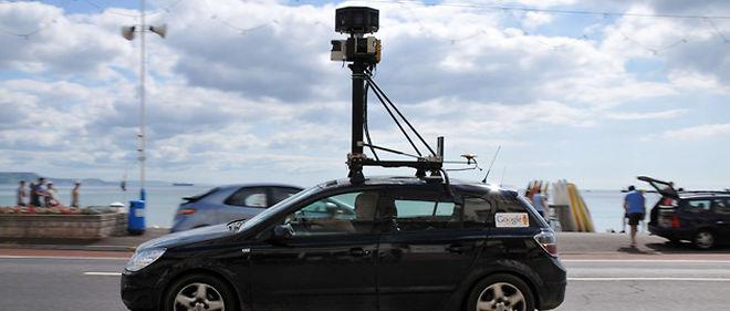 La Google Car, véhicule permettant de réaliser les images de Street View, a recueilli des données personnelles en prenant des clichés des rues de Grande-Bretagne © Sipa
