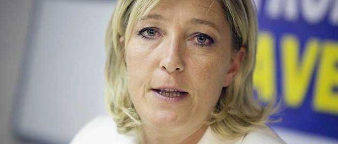 """Michel Drucker n'invitera pas Marine Le Pen dans """"Vivement Dimanche"""" © SICHOV/SIPA"""