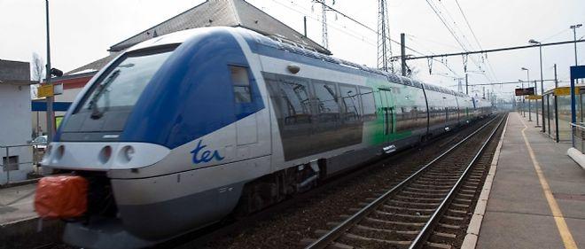 Une violente collision a eu lieu lundi matin entre un TER et une voiture près de Maubeuge