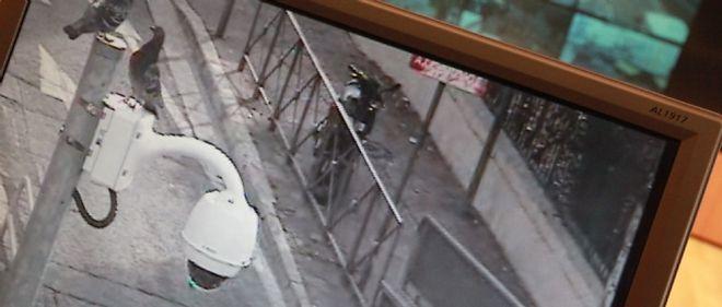 S'inscrivant dans des politiques sécuritaires qui divisent l'opinion, la vidéosurveillance se multiplie en France