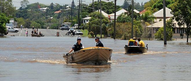 """Le inondations, qualifiées de """"bibliques"""" par les autorités, affectent plus de 200.000 personnes sur une zone grande comme la France et l'Allemagne réunies"""