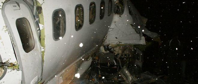 Le crash serait dû aux mauvaises conditions météo