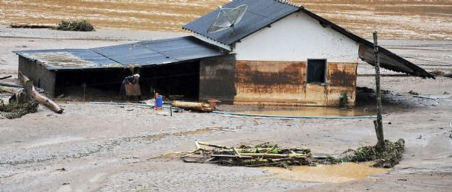 Les pluies diluviennes qui touchent la région près de Rio sont considérées comme la plus grande catastrophe naturelle de l'histoire du pays.