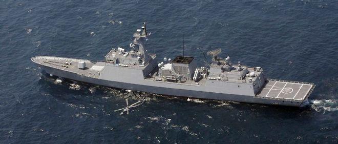 Le destroyer Choi Young qui a embarqué les commandos de l'unité sud-coréenne de contre-piraterie Cheonghae
