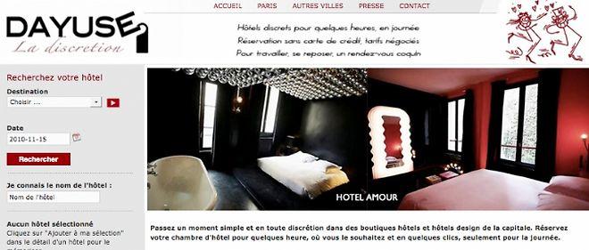 """""""Un second lit, une seconde vie"""" : le site de réservation de chambres d'hôtel dayuse-hotels.com affiche clairement la couleur."""