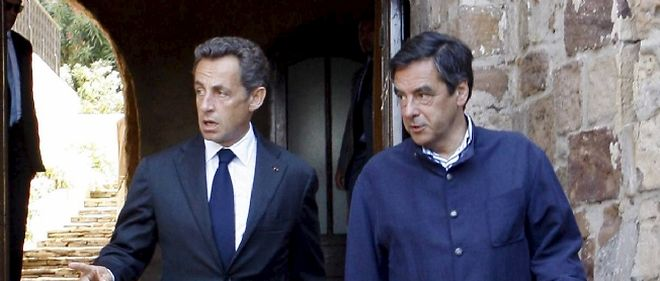 Nicolas Sarkozy et François Fillon au fort de Brégançon, le 20 août 2010, pour une séance de travail en pleine pause estivale.