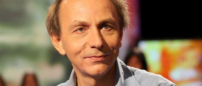 Le Goncourt 2010 revient avec deux belles chansons, dont la musique est signée Jean-Claude Vannier.