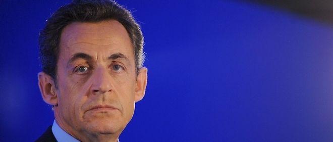 """Nicolas Sarkozy a pris la défense de son Premier ministre et de sa ministre des Affaires étrangères, épinglés pour leurs vacances en Égypte et en Tunisie, affirmant que """"pas un centime d'argent public n'a été détourné."""""""