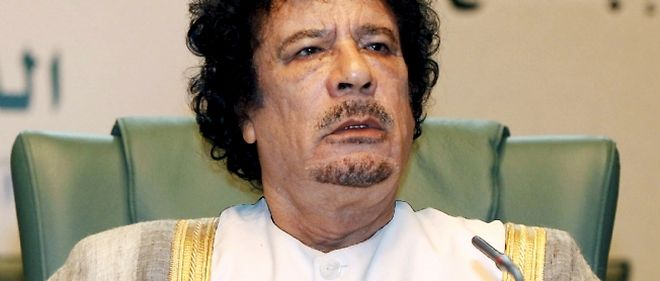 "Kadhafi se dit favorable a une commission d'enquete ""des Nations unies ou de l'Union africaine"" pour evaluer la situation."