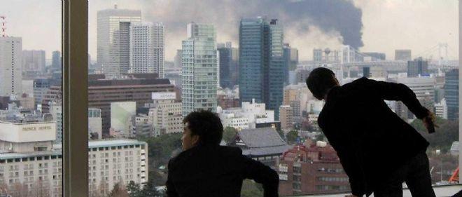 La menace d'une violente réplique plane sur Tokyo.