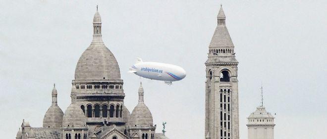 Paris mesure sa radioactivité résiduelle à l'aide de ce zeppelin.