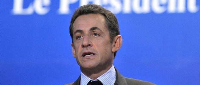 """Le chef de l'État a dit qu'""""il n'y aura pas d'infléchissement de la ligne officielle"""" de l'UMP consistant à dire """"ni vote pour le FN ni pour la gauche""""."""