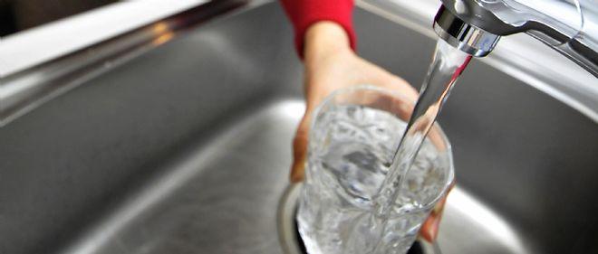 Une pénurie d'eau douce aurait des conséquences sanitaires désastreuses dans certaines villes du monde.
