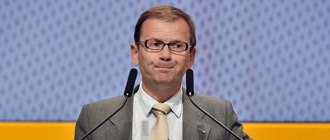 À la suite de la fausse affaire d'espionnage, Patrick Pélata a démissionné de son poste de directeur général de Renault.