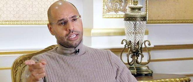 """Dans un entretien au """"Washington Post"""", Seif el-Islam, le fils de Muammar Kadhafi, a déclaré que le régime libyen n'avait """"commis aucun crime""""."""