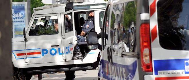Sept personnes ont été interpellées dans les villes de Garges-lès-Gonesse, Stains et Paris.