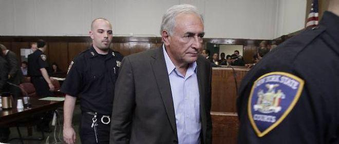 Inculpé de sept chefs d'accusation dont agression sexuelle, Dominique Strauss-Kahn a été libéré sous caution.