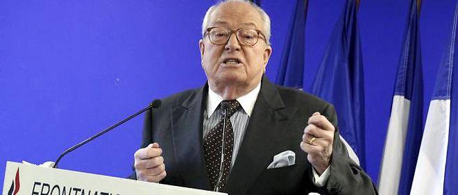 Jean-Marie Le Pen reste le leader incontesté du Front national, le lien essentiel entre la nouvelle et l'ancienne génération.