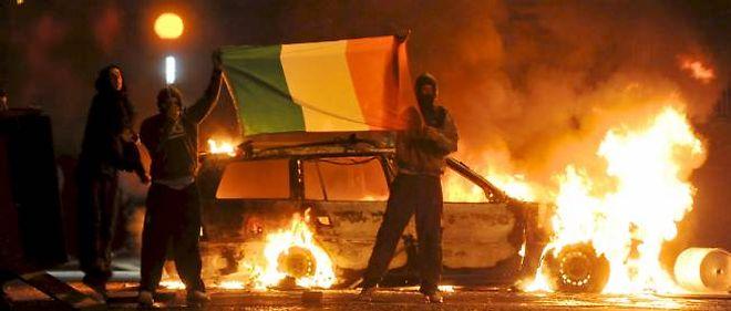 Violences interconfessionnelles en Irlande du Nord - Le Point