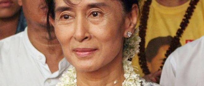 Le parti d'Aung San Suu Kyi, la LND, a été dissous en 2010.