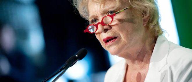 Eva Joly ne veut plus du défilé militaire du 14 Juillet
