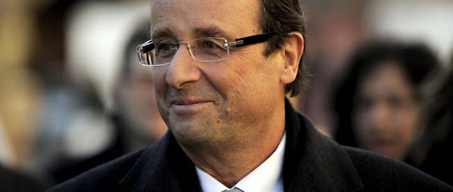Le candidat arriverait en tête de la primaire socialiste, devant Martine Aubry et Ségolène Royal.