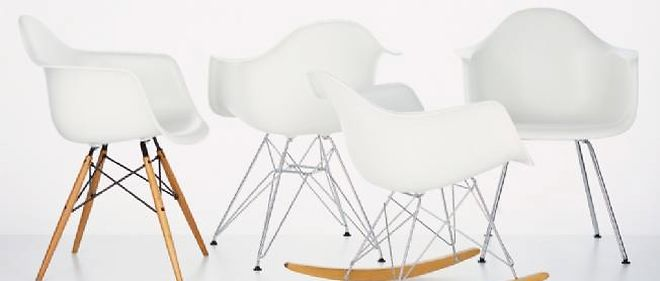 Variations De Chaises En Fibre Verre Charles Ray Eames