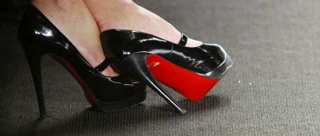 adresse email louboutin