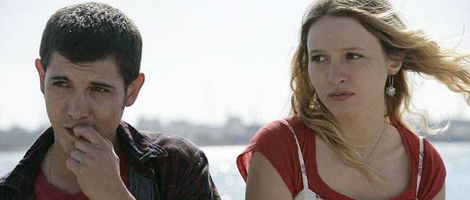 """Christa Théret (à droite) dans """"La brindille"""", un film d'Emmanuelle Millet."""