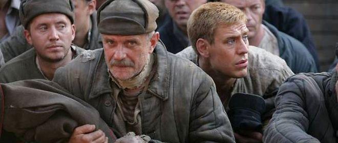 """Nikita Mikhalkov (au centre, dans """"Soleil trompeur 2"""") domine l'Union des cinéastes russes et dirige ou participe à nombre d'instances officielles."""