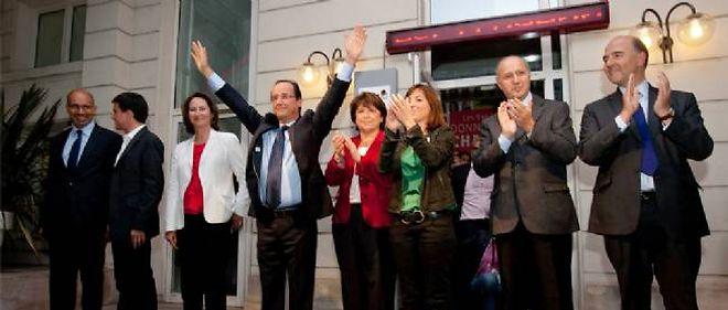 Le 16 octobre, les dirigeants du PS se sont rassemblés pour une photo de famille à Solférino, après les discours officiels sur les résultats de la primaire.