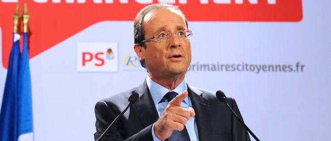 """Choisi pour porter les couleurs du Parti socialiste avec près de 57 % des voix de sympathisants de gauche, François Hollande a marqué dès dimanche soir son refus d'""""une campagne avec double commandement""""."""