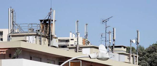 Paris compte 186 antennes-relais sur ses toits pour 1 200 antennes en tout dans la ville.