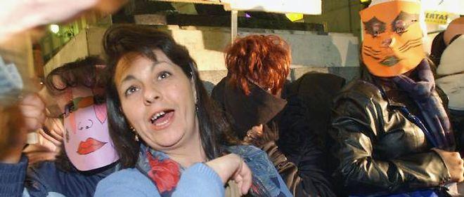 """En 2002, à Madrid, première manifestation de prostituées espagnoles. Elles se battaient pour que soient reconnus """"leurs droits humains""""."""