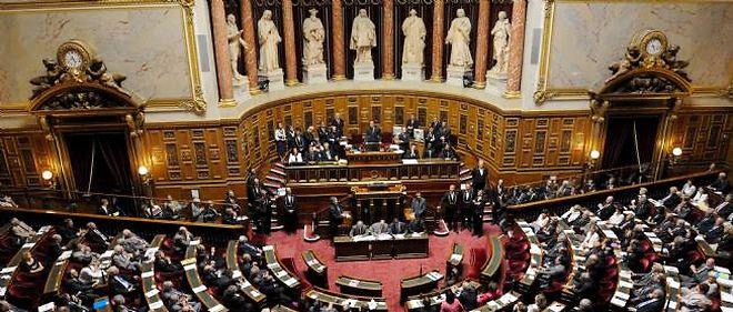 La cour d'appel de Paris avait refusé l'ouverture d'une enquête sur les sondages commandés par l'Élysée.