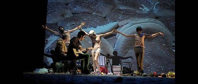 """""""Golgota Picnic"""" est la dernière création du metteur en scène hispano-argentin Rodrigo García."""