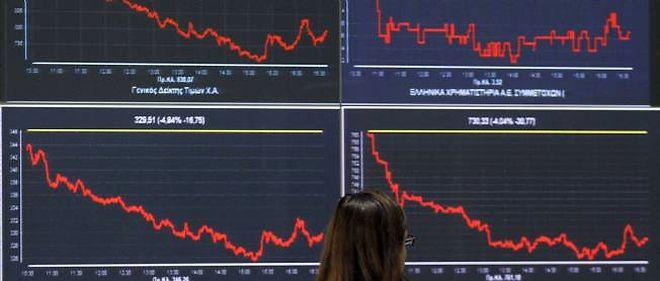 """Le président de Moody's, Michel Madelain, a estimé que les mesures proposées par la Commission européenne pour encadrer les agences de notation étaient """"dangereuses dans leur forme actuelle""""."""