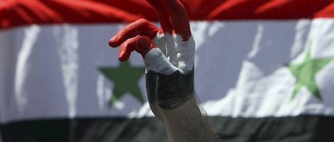 La répression en Syrie a fait plusieurs dizaines de nouvelles victimes au moment où la Ligue arabe adoptait des sanctions.