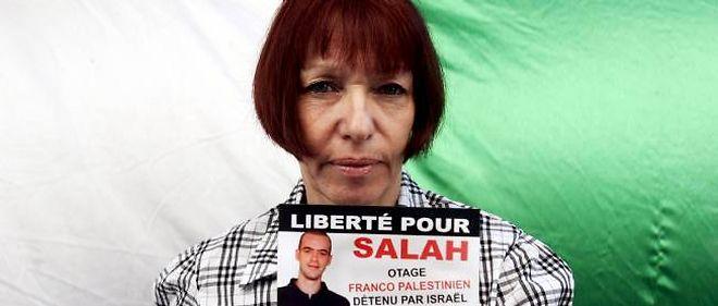 Né à Jérusalem de mère française et de père palestinien, Salah Hamouri est détenu prisonnier en Israël depuis le 13 mars 2005.