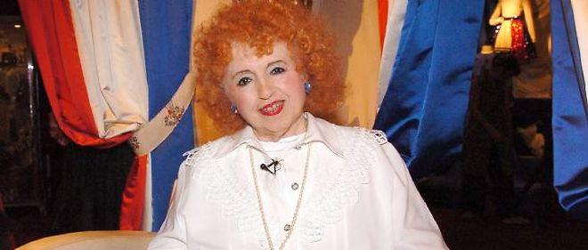 Yvette Horner en 2005. L'accordéoniste aime le bleu blanc rouge, mais pas le Front national.