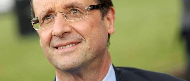 """""""Bonjour, c'est François Hollande qui vous parle"""", démarre le candidat dans ses voeux."""
